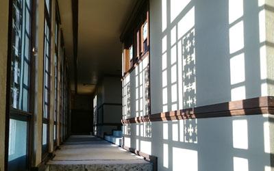 ヨドコウ迎賓館 廊下
