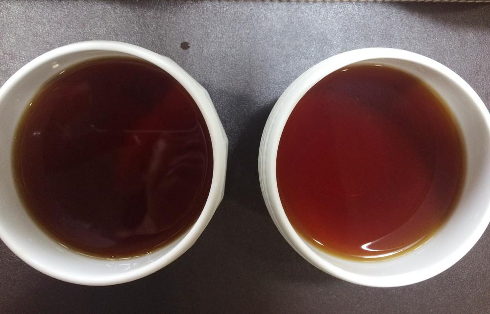 鉄瓶と普通のケトルで入れた紅茶比較