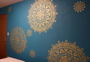 ステンシル DIY 壁 壁紙 塗装 ペイント ゴールド マンダラ