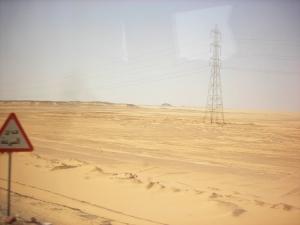 砂漠を移動中