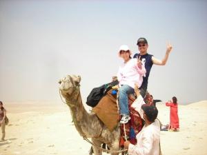 ラクダに乗りました。