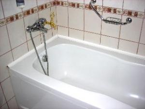 部屋風呂にも温泉が出ます。