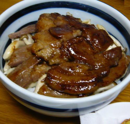 豚肉の味噌漬け焼き丼