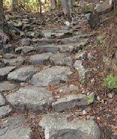 石積み階段&山道の参考写真−2.jpg