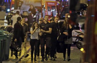 パリ 同時多発テロ