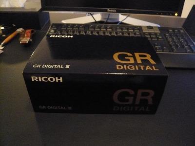 GR DIGITAL III パッケージ