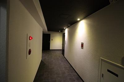 ウェーブレジデンス大供 廊下 After