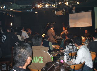 Live-5