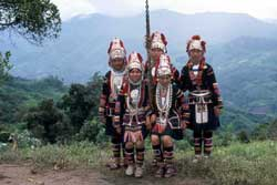 59号 アカ族のブランコ祭り�2