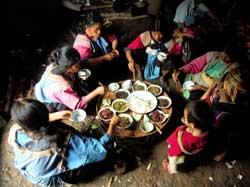 タイの山岳民族103号リス族の住居-b