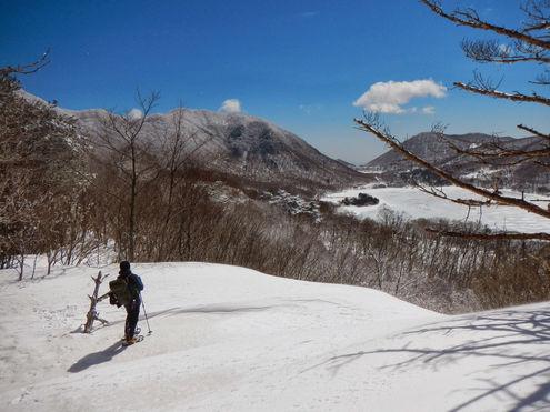 陣笠山と薬師岳の稜線