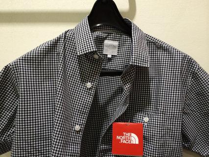 ギンガムチェックのシャツ