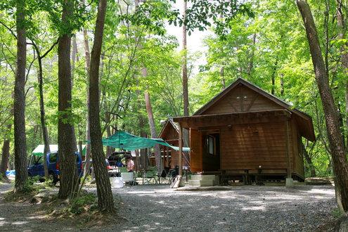 尾白の森キャンプ場 桐コテージ