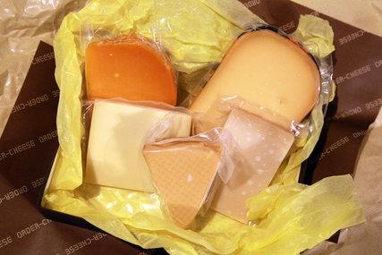 オーダーチーズの盛り合わせ