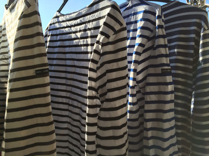 洗濯後のボーダーTシャツ