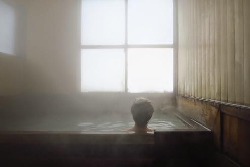 くろがね小屋浴室