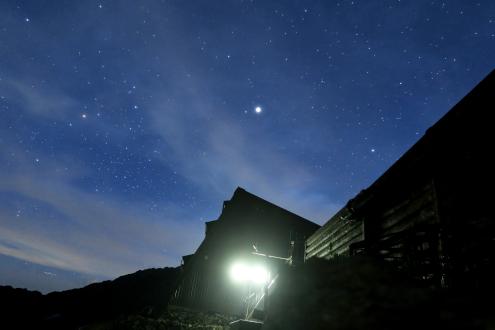 北岳山荘夜景