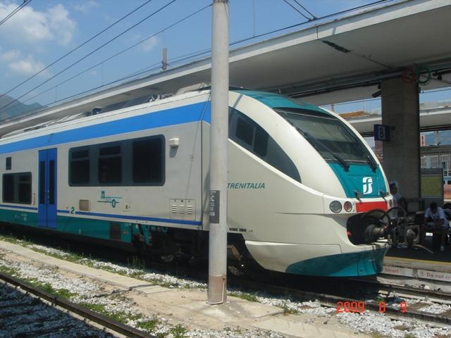 サレルノ駅で乗った特急列車