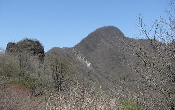 磨墨岩と相馬山210429