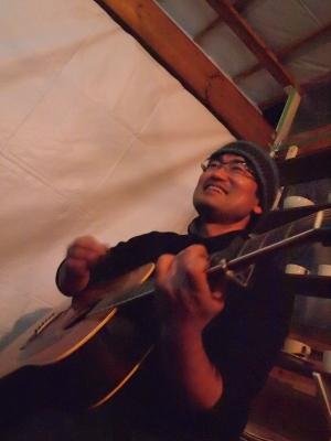 ギターマノメさん