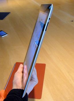 薄いiPad2
