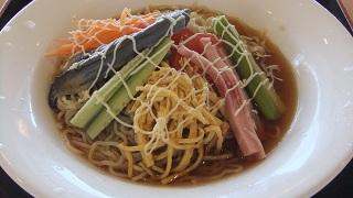 夏野菜のサラダ麺