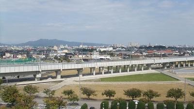 二上山と新幹線
