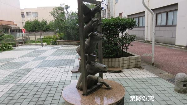 IMG_0505-600.jpg