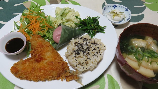 03-10 Lunch