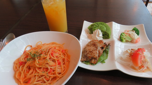 09-05 lunch.jpg