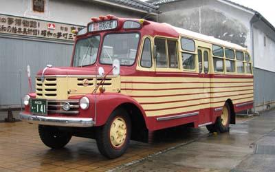 豊後高田市のボンネットバス・いすゞBX141(1957年式,北村製作所)