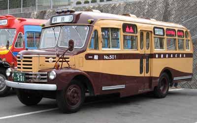 鞆鉄道のボンネットバス・いすゞBX341(1958年式,新日国工業) 撮影日:2007年2月25日