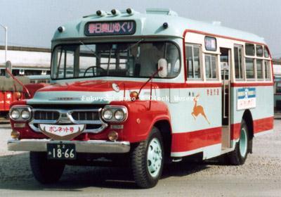 奈良交通のいすゞBXD30(1966年式,帝国自動車工業) 1979年に撮影されたもの
