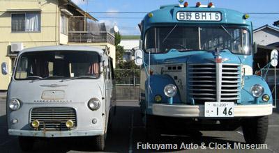 ボンネットバス・日野BH15(1961年式,帝国自動車工業)と日野コンマースPB10(1960年式)