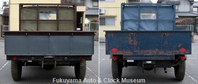 三輪トラック・マツダCLY71(左側)とGLTB77(右側)の後面