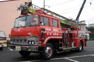 井原地区消防組合井原消防署所属 三菱ふそうP−FM316J型はしご付消防ポンプ自動車(1984年式,日本機械工業)【クリックで大きく表示】