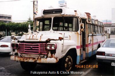 元九州産業交通所有のボンネットバス・いすゞBXD30(1963年式,松本車体製作所)修復前の状況【クリックで前面〜右側面の写真を表示】