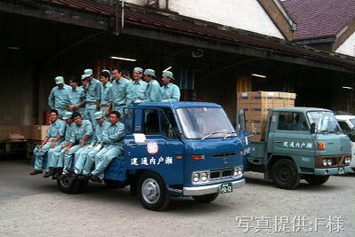 NHK土曜ドラマスペシャル「とんび」後編に出演 低速貨物様のマツダ タイタン(EXC12S,1976年式,後編主役車)とF様の ふそうキャンター(T220C,1978年式) 旧門司食糧倉庫において
