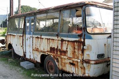 マツダ ライトバスAEVA(C)廃車体 2009.10.16撮影【クリックで大きく表示】