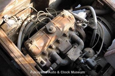 マツダ ライトバスAEVA(C)廃車体のVA型エンジン 2012.2.24撮影【クリックで大きく表示】