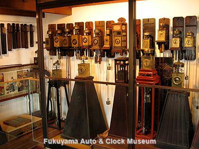 6月10日「時の記念日」にあわせてリニューアル中の和時計展示コーナー
