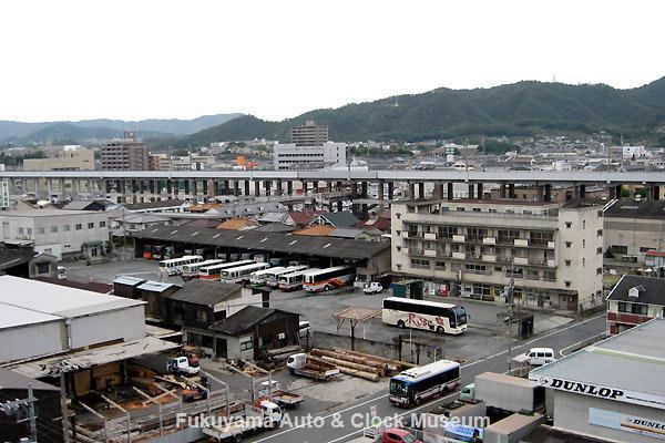 『追憶の井笠鉄道バス』7ページ掲載 井笠鉄道 福山自動車営業所全景(俯瞰) 2012年10月18日撮影