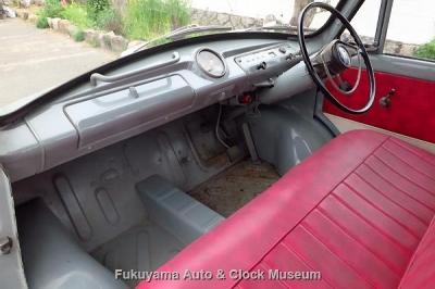 マツダD1500(DUB91,1964年式)のキャビン 4月19日撮影【クリックで大きく表示】