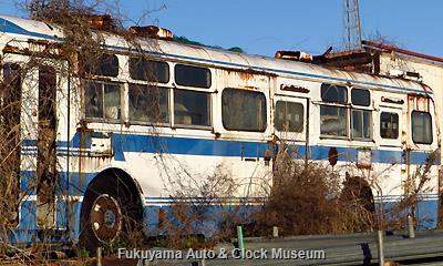 元 千葉海浜交通→某学校法人のスクールバス廃車体 日野RE140LF(1973年式,帝国自動車工業)か