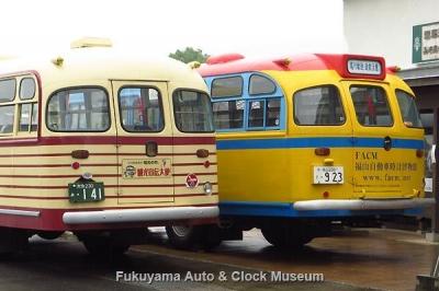 ボンネットバス・いすゞBX141と日野BA14の並び 7月4日撮影【クリックで大きく表示】