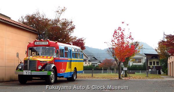 ボンネットバス・日野BA14 高松琴平電気鉄道760号(元玉野市営電気鉄道モハ103号)の保存施設がある玉野市すこやかセンターにおいて