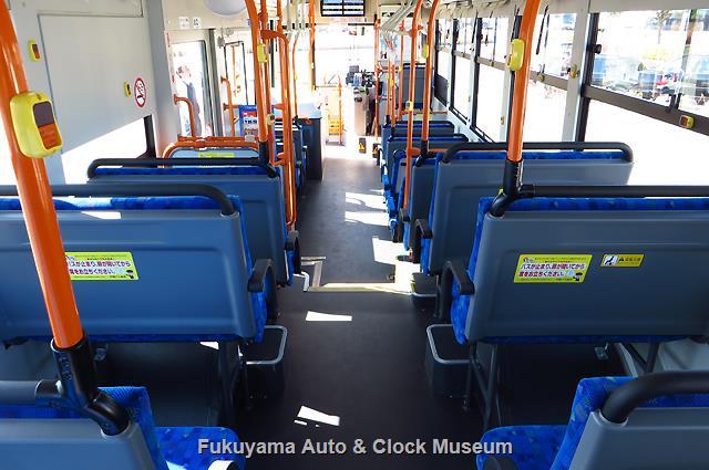 中国バスI1701 福山200か630 いすゞQKG-LV290N1 エルガの車内