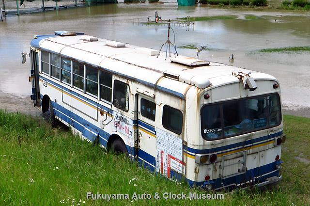 中国バス除籍 日野K-RC381廃車体