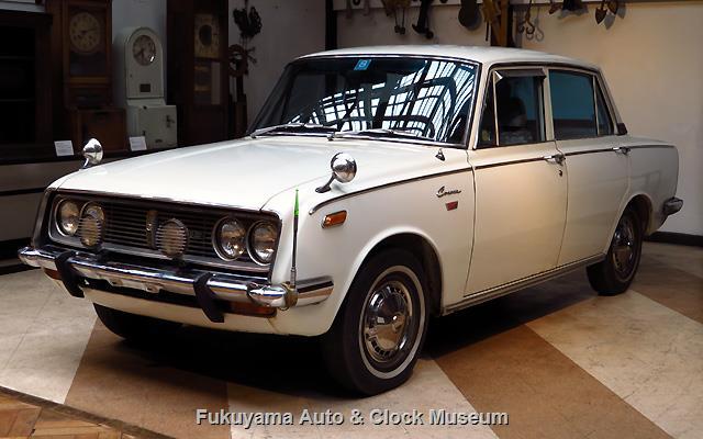 トヨペット RT40 コロナ セダン 1500 デラックス(3代目後期型,昭和42年式) 館内展示