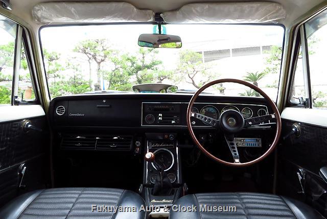 トヨペット RT40 コロナ セダン 1500 デラックスの車内